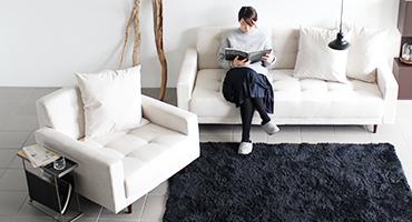 座面広いソファー